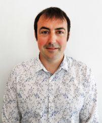 enseignant, osteopathe-animalier, Cyril URLANDE